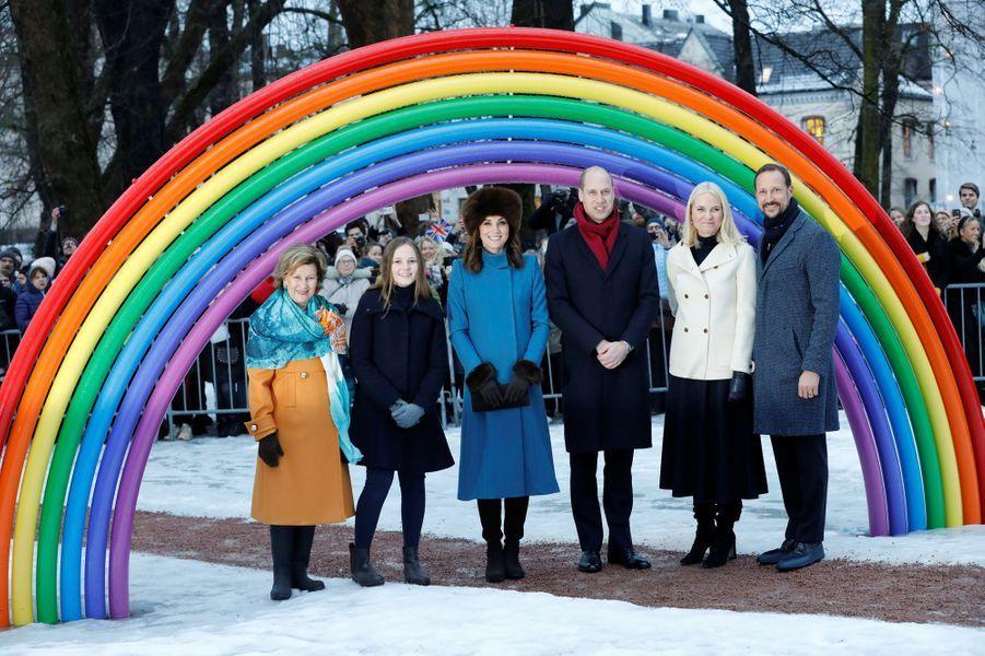 La duchesse de Cambridge et le prince William avec la famille royale de Norvège à Oslo, le 1er février 2018