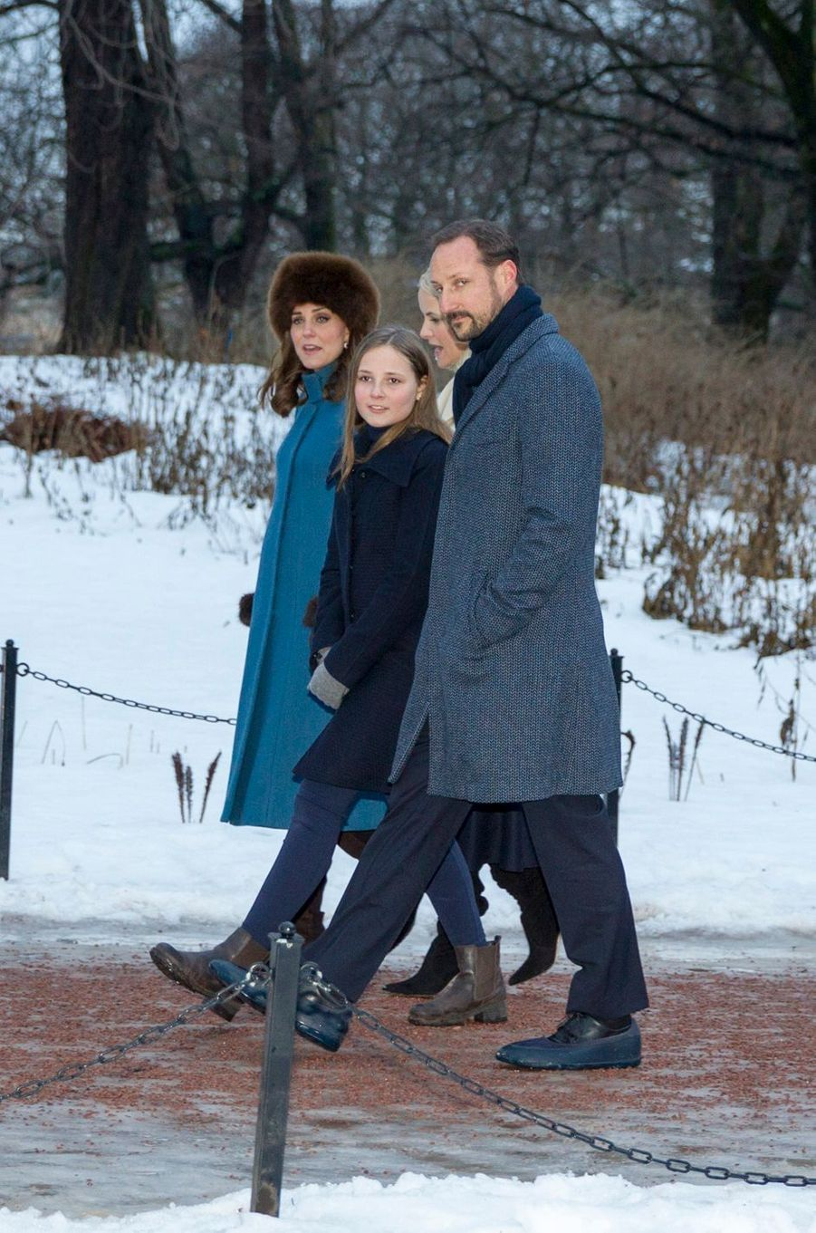 La duchesse de Cambridge avec le prince Haakon et les princesses Mette-Marit et Ingrid Alexandra de Norvège à Oslo, le 1er février 2018