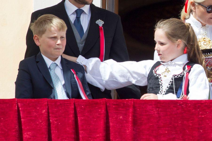 Le prince Sverre Magnus et la princesse Ingrid Alexandra de Norvège à Oslo, le 17 mai 2016