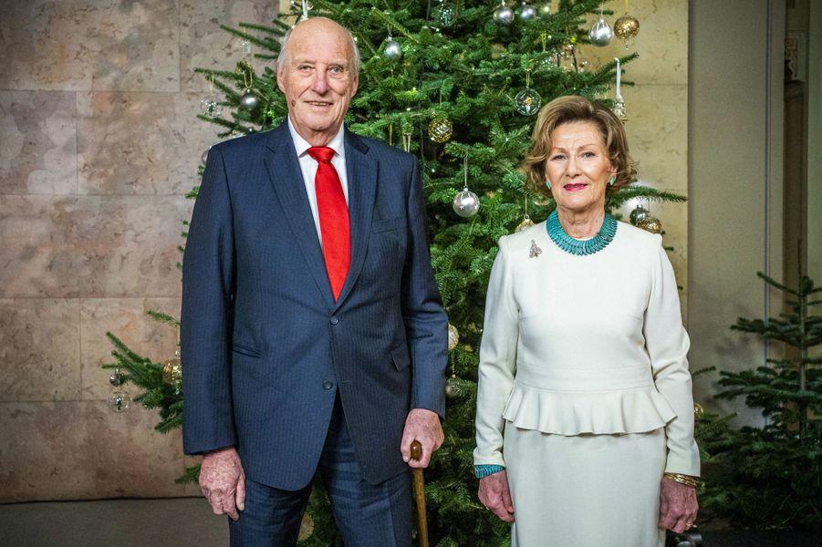 La reine Sonja et le roi Harald V de Norvège à Oslo, le 15 décembre 2020