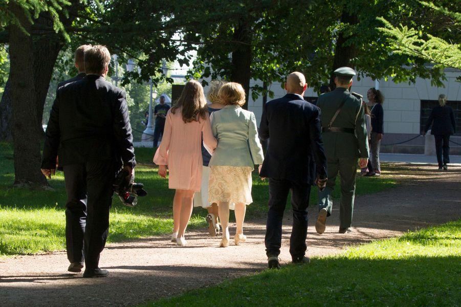 La princesse Ingrid Alexandra de Norvège avec la reine Sonja à Oslo, le 7 juin 2018