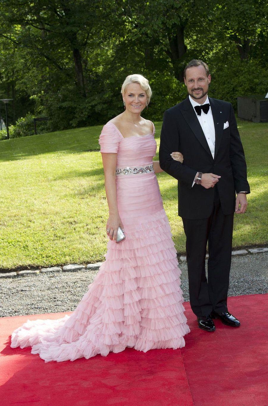 La princesse Mette-Marit et le prince Haakon de Norvège, le 18 juin 2010