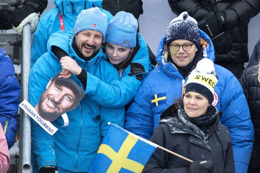 La princesse Ingrid Alexandra et le prince Haakon de Norvège avec la princesse Victoria et le prince Daniel de Suède à Are, le 9 février 2019