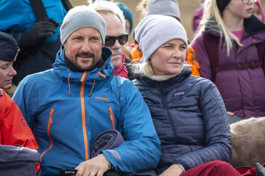 La princesse Mette-Marit et le prince Haakon de Norvège dans l'Oppland, le 17 septembre 2019