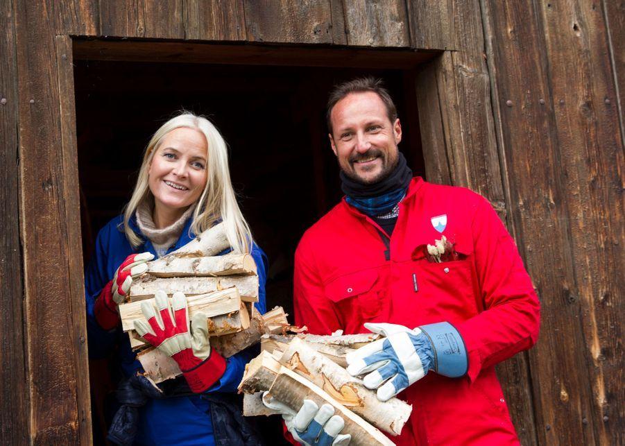 La princesse Mette-Marit et le prince Haakon de Norvège à Lesja, le 17 septembre 2019