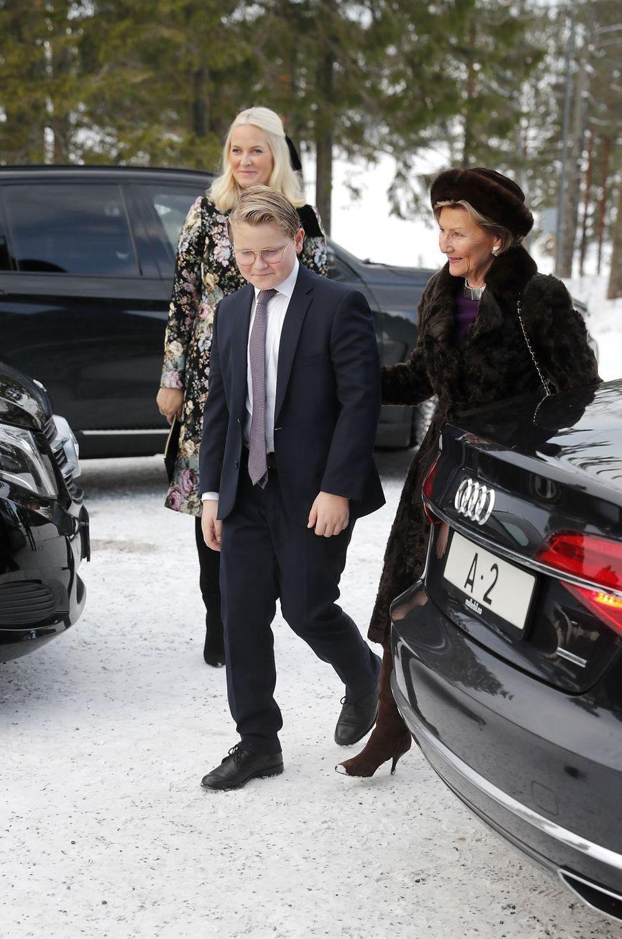 La princesse Mette-Marit, la reine Sonja et le prince Sverre Magnus de Norvège à Oslo, le 25 décembre 2018