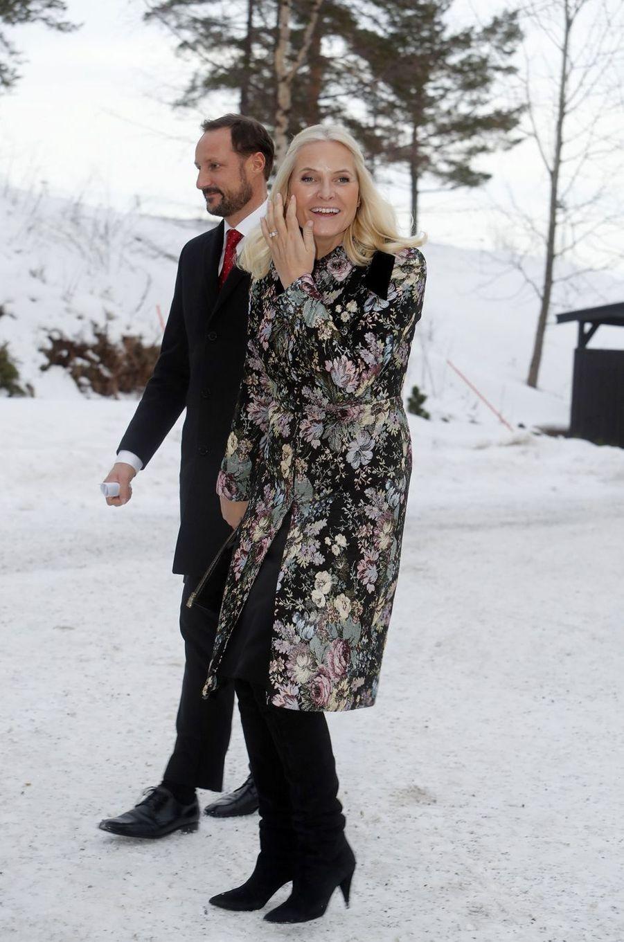 La princesse Mette-Marit et le prince Haakon de Norvège à Oslo, le 25 décembre 2018