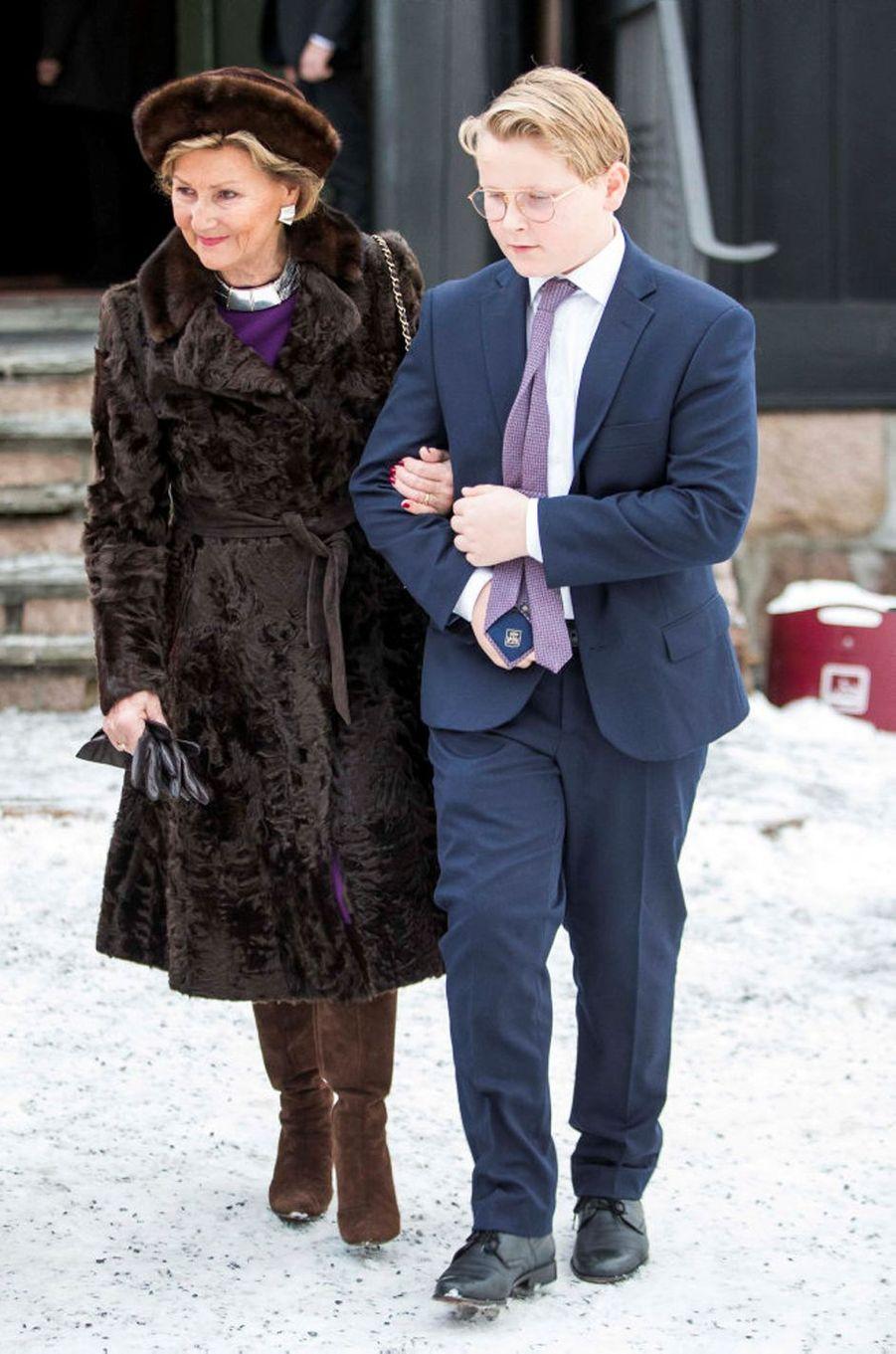 La reine Sonja et le prince Sverre Magnus de Norvège à Oslo, le 25 décembre 2018