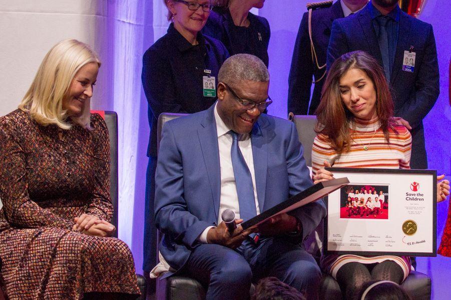 La princesse Mette-Marit de Norvège avec Denis Mukwege et Nadia Muradà Oslo, le 10 décembre 2018
