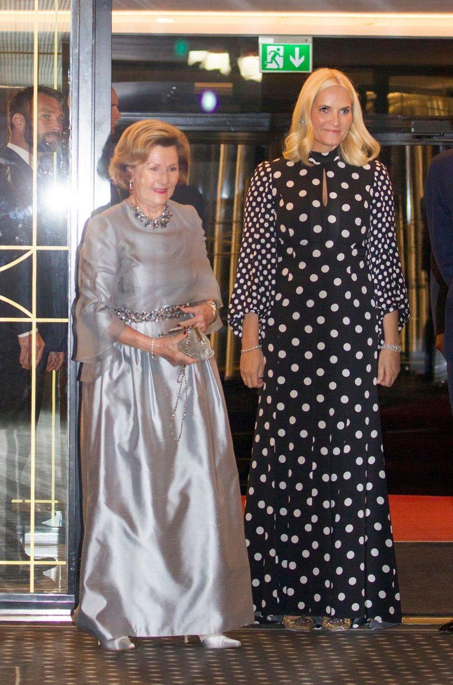 La reine Sonja et la princesse Mette-Marit de Norvège à Oslo, le 10 décembre 2018