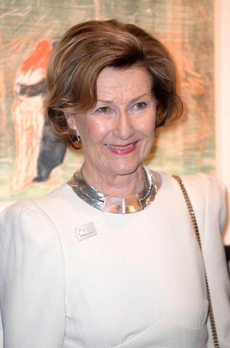 Le collier de la reine Sonja de Norvège à Londres, le 9 avril 2019