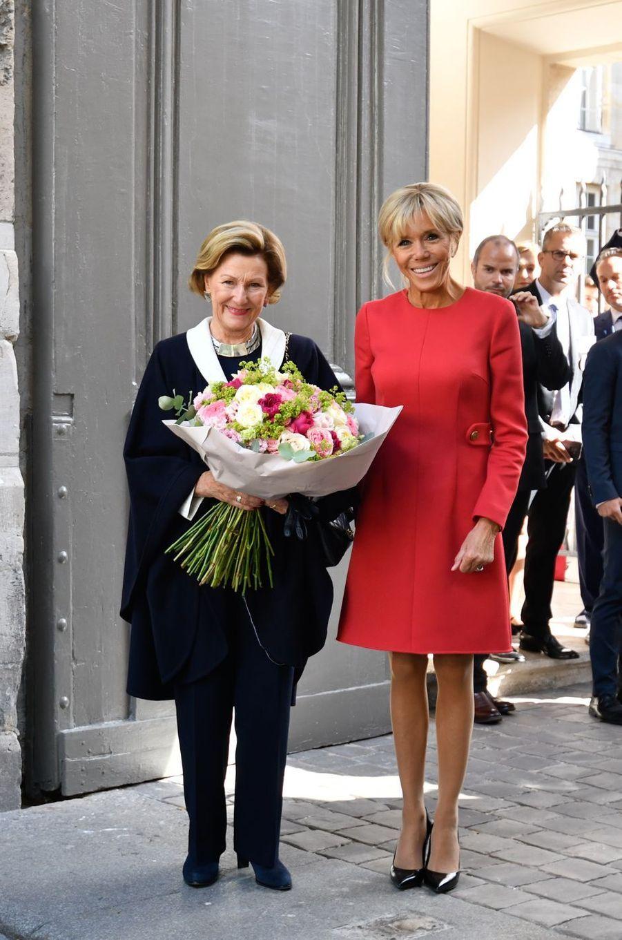 La reine Sonja de Norvège avec Brigitte Macron à Rouen, le 24 septembre 2018