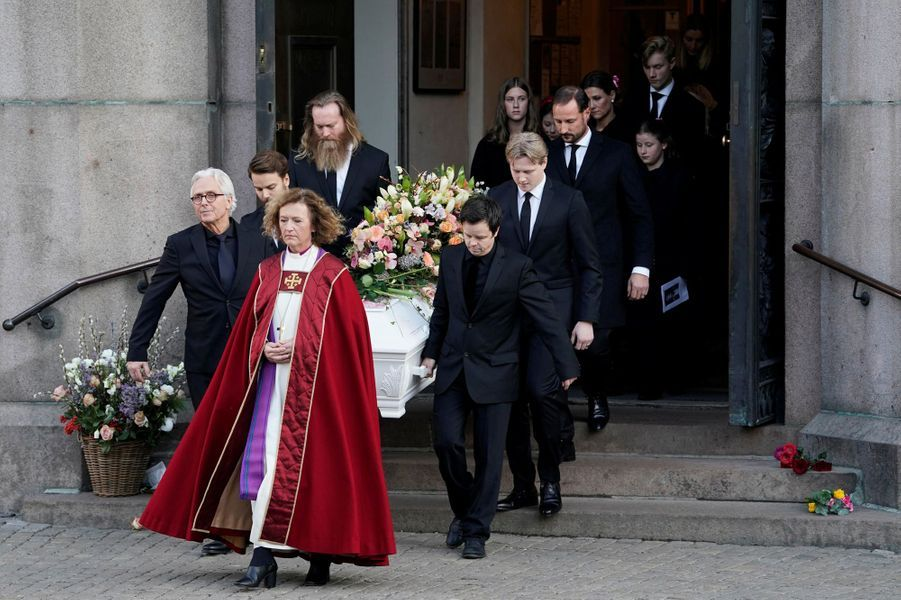 Le prince Haakon de Norvège, la princesse Märtha Louise et ses filles à Oslo le 3 janvier 2019