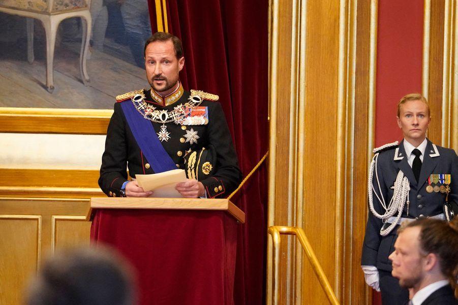 Le prince héritier Haakon de Norvège lors de l'ouverture du Storting à Oslo, le 2 octobre 2020