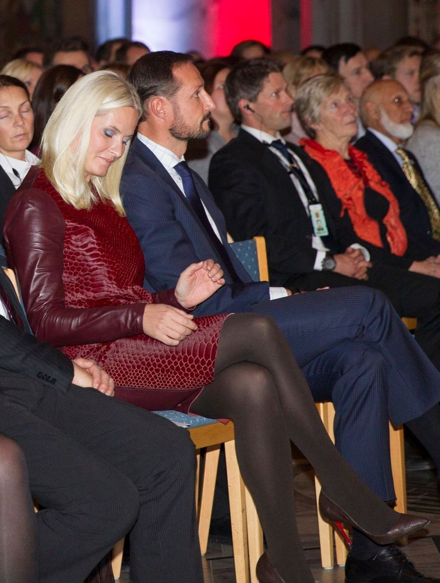 Mette-Marit fête les 150 ans de la Croix-Rouge