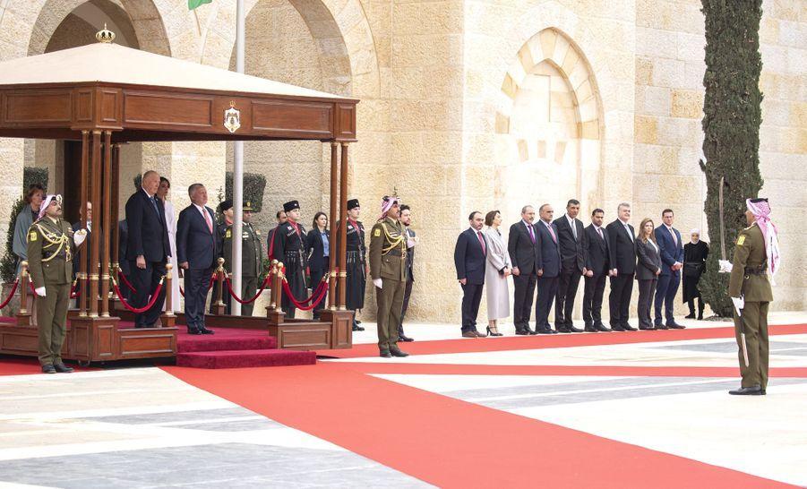 La reine Sonja et le roi Harald V de Norvège avec la reine Rania, le roi Abdallah II et le prince Hussein de Jordanie à Amman, le 2 mars 2020