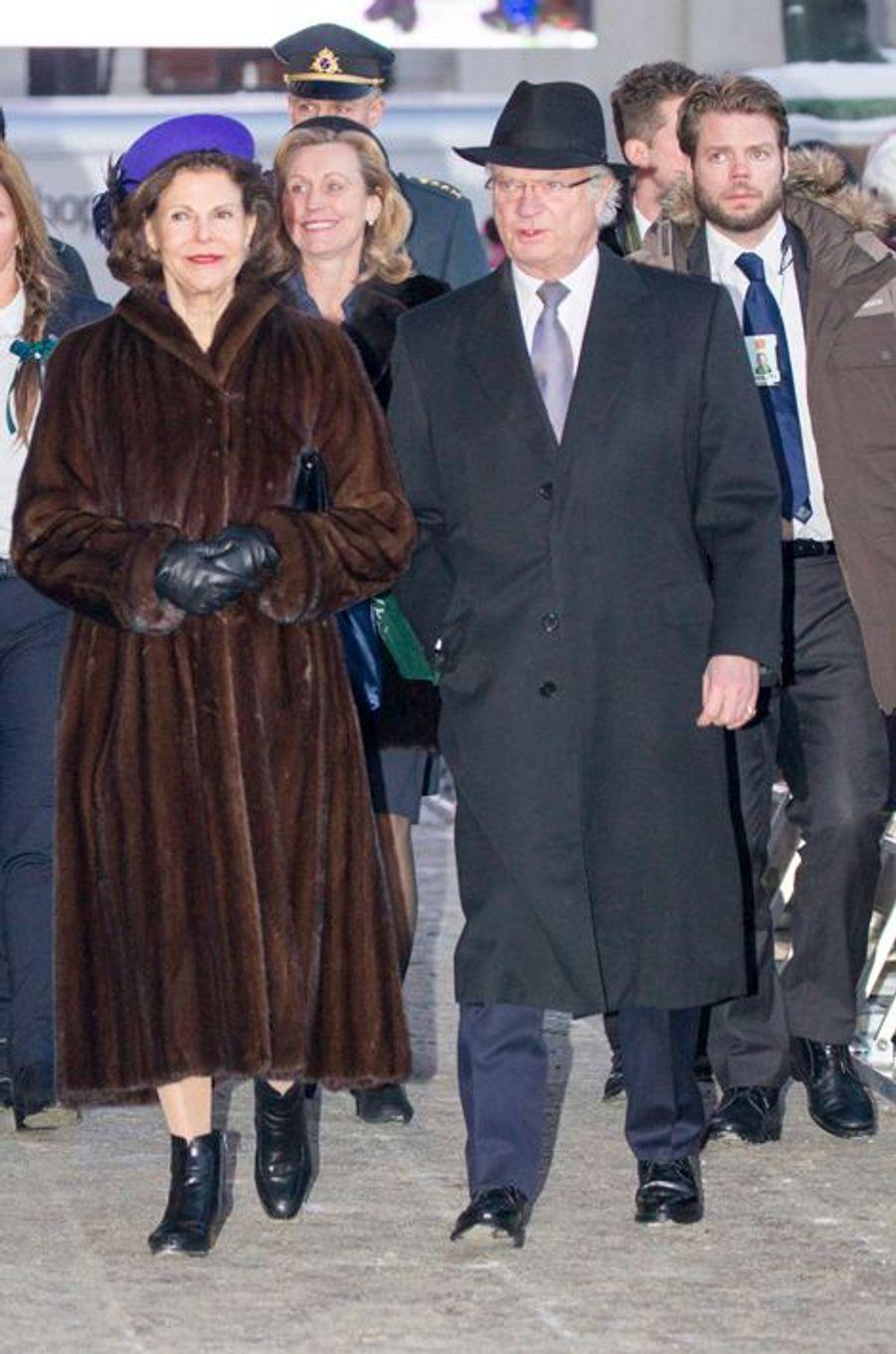 La reine Silvia et le roi Carl XVI Gustaf de Suède à Oslo, le 17 janvier 2016