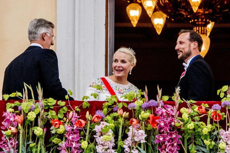 Le roi des Belges Philippe avec la princesse Mette-Marit et le prince Haakon de Norvège