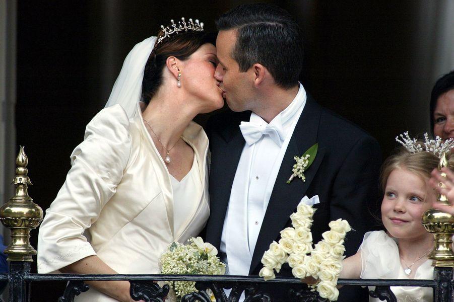 La princesse Märtha Louise de Norvège et Ari Behn, le 24 mai 2002, jour de leur mariage