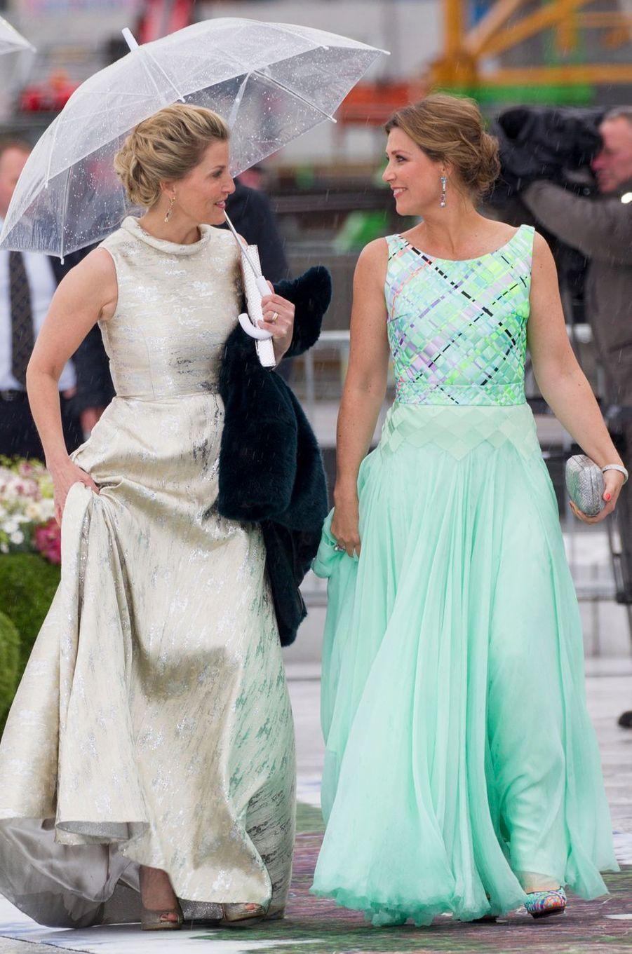 La comtesse Sophie de Wessex et la princesse Märtha Louise de Norvège à Oslo, le 10 mai 2017