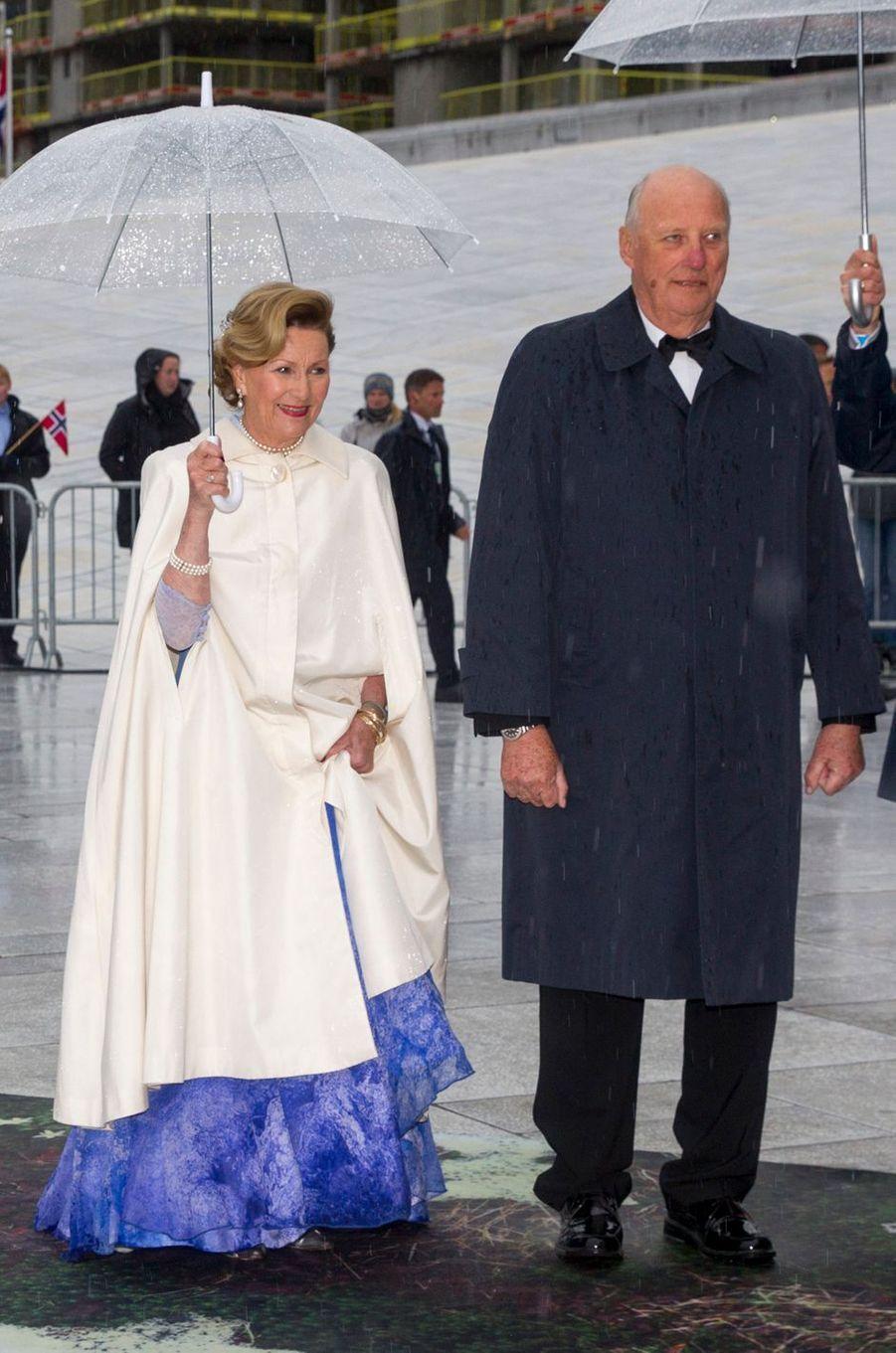 La reine Sonja et le roi Harald V de Norvège à Oslo, le 10 mai 2017