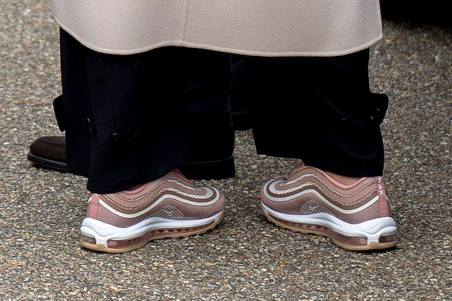 Les chaussures de la princesse Mette-Marit de Norvège, à Bergen le 24 septembre 2017