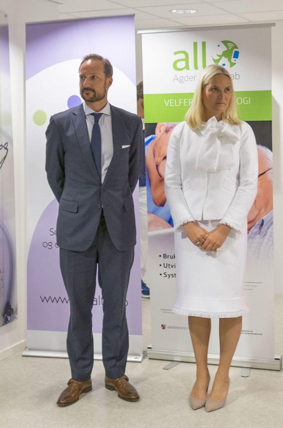 La princesse Mette-Marit et le prince Haakon de Norvège à Glimsdal, le 6 juin 2016