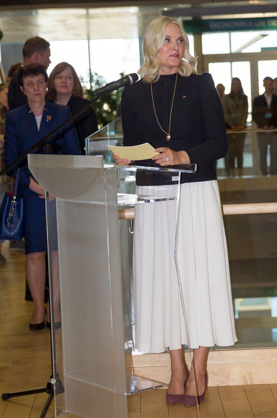 La princesse Mette-Marit de Norvège à Riga, le 23 avril 2018