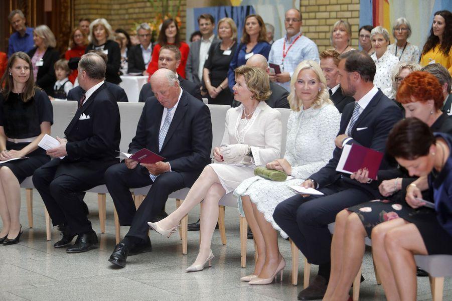 La princesse Mette-Marit, le prince Haakon, la reine Sonja et le roi Harald V de Norvège à Oslo, le 18 septembre 2017