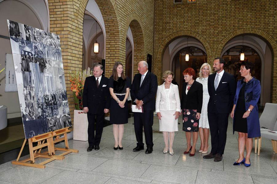 La princesse Mette-Marit, le prince Haakon, la reine Sonja et le roi Harald V de Norvège au Parlement à Oslo, le 18 septembre 2017