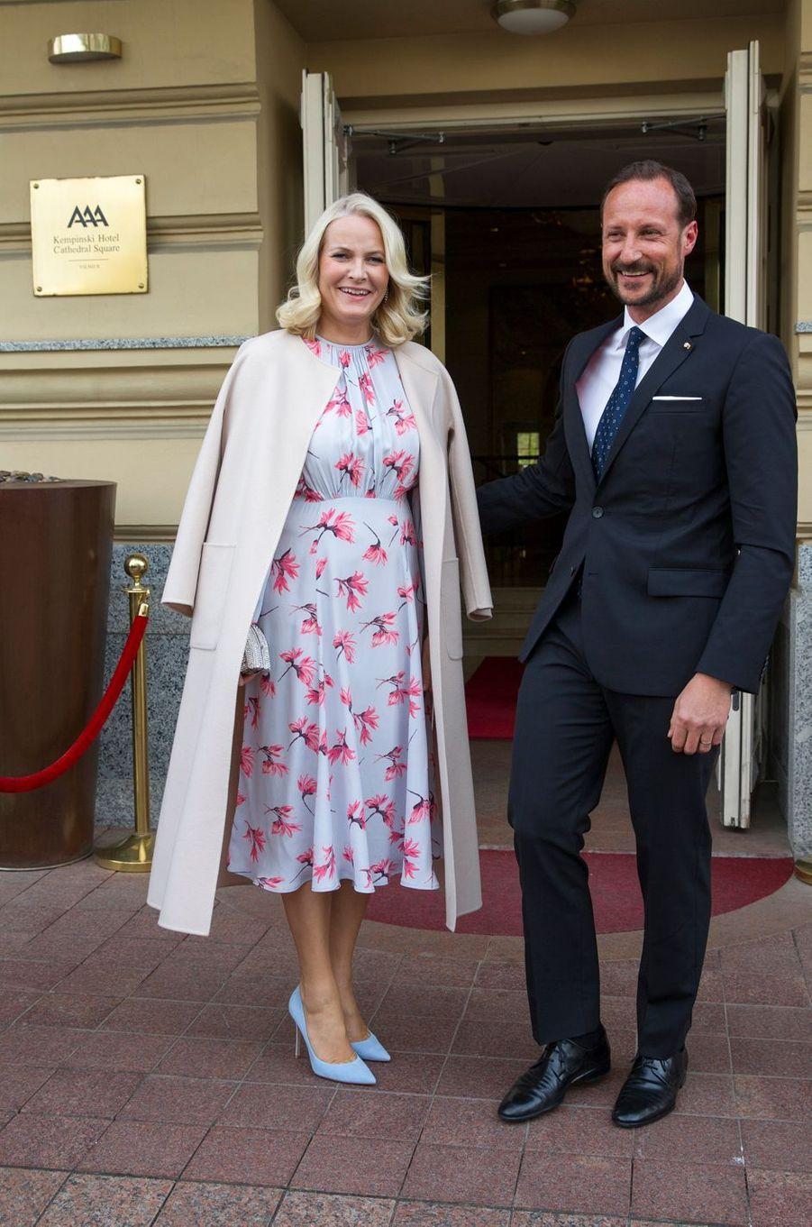 La princesse Mette-Marit et le prince Haakon de Norvège à Vilnius, le 24 avril 2018