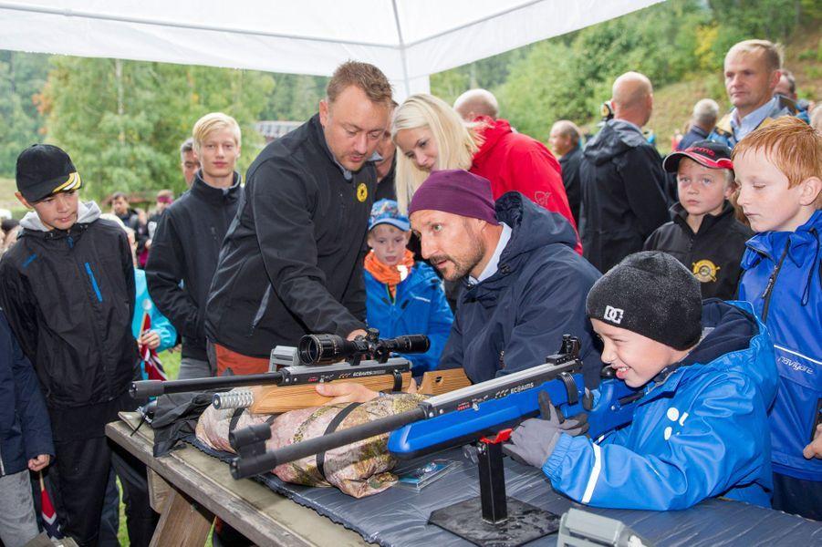 La princesse Mette-Marit et le prince Haakon de Norvège à Lardal, le 6 septembre 2018