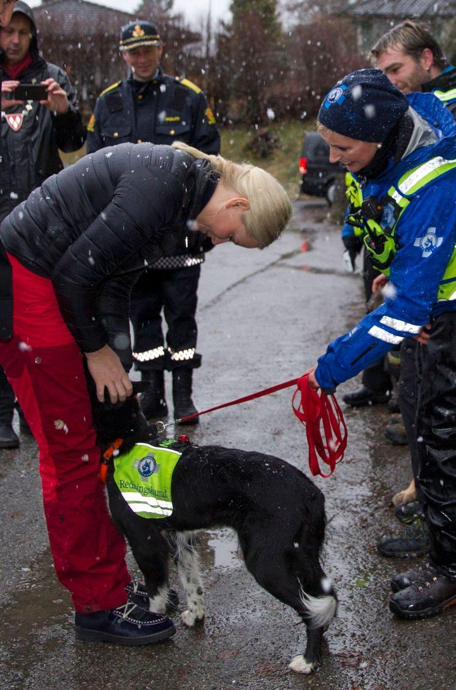 Mette Marit Haakon Norvege À Ski 11 Janv 2017 6
