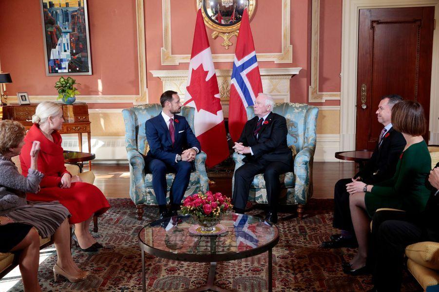 La princesse Mette-Marit et le prince Haakon de Norvège avec le gouverneur général du Canada et sa femme à Ottawa, le 7 novembre 2016