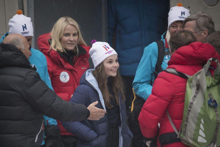 La princesse Mette-Marit de Norvège et sa fille la princesse Ingrid Alexandra à Oslo, le 11 mars 2018