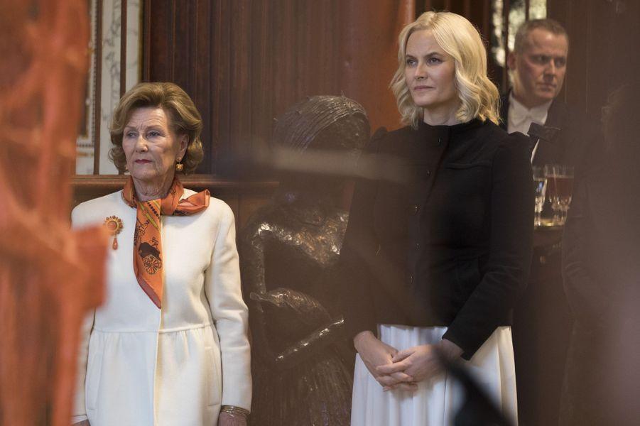 La reine Sonja et la princesse Mette-Marit de Norvège à Oslo, le 13 mars 2018