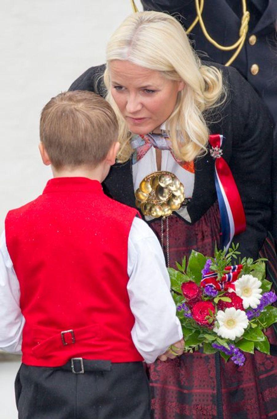 La princesse Mette-Marit de Norvège à Skaugum, le 17 mai 2015