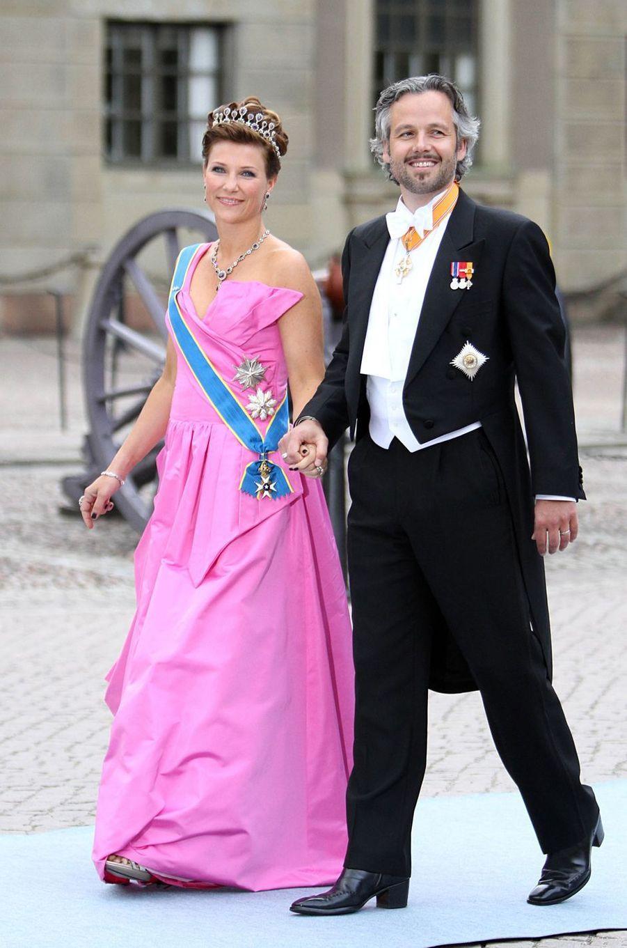 La princesse Märtha Louise de Norvège et Ari Behn au mariage de la princesse Victoria de Suède, le 19 juin 2010
