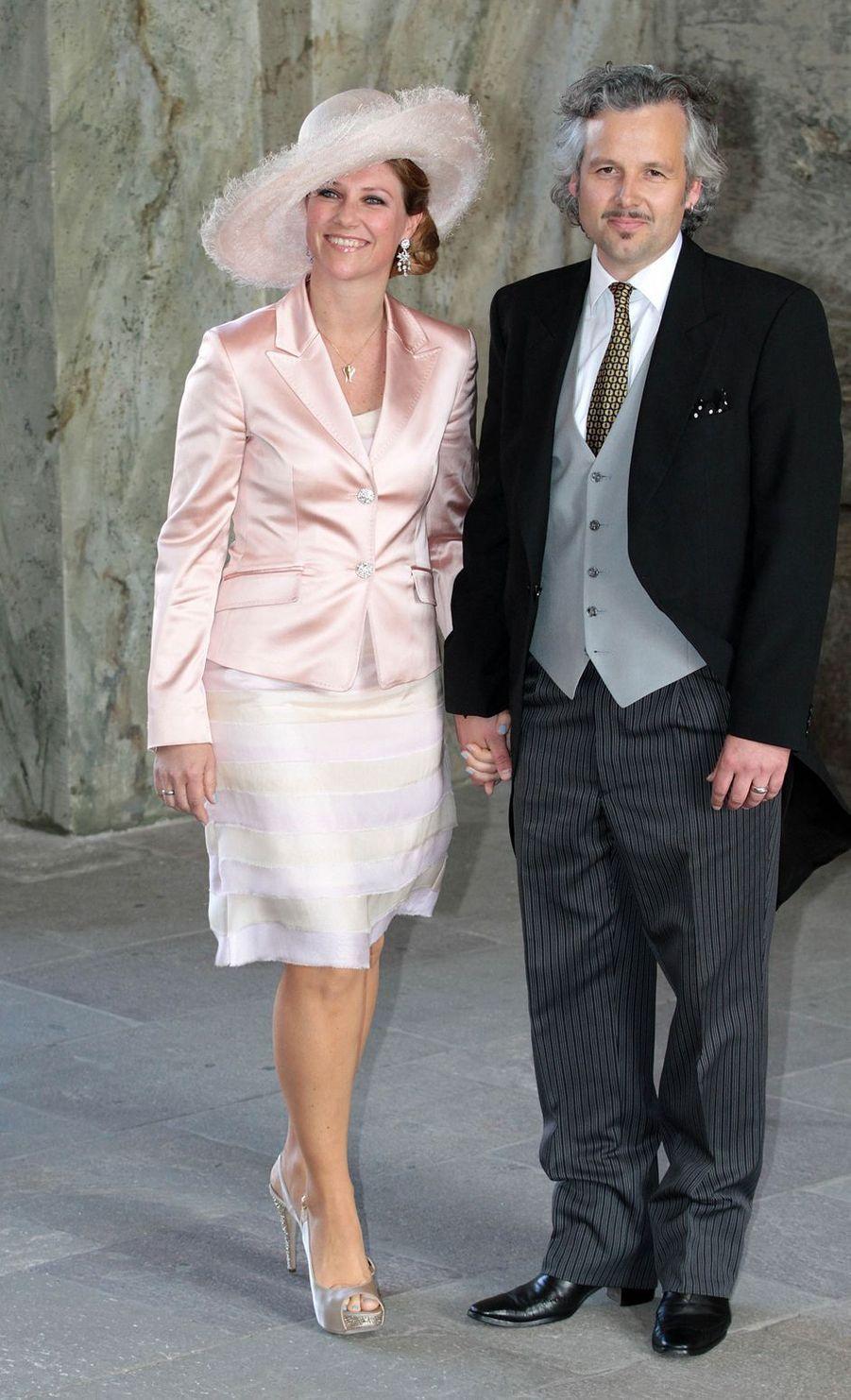 La princesse Märtha Louise de Norvège et Ari Behn au baptême de la princesse Estelle de Suède, le 22 mai 2012