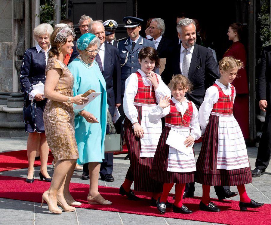La princesse Märtha Louise de Norvège et Ari Behn avec leurs filles et la princesse Astrid, le 23 juin 2016