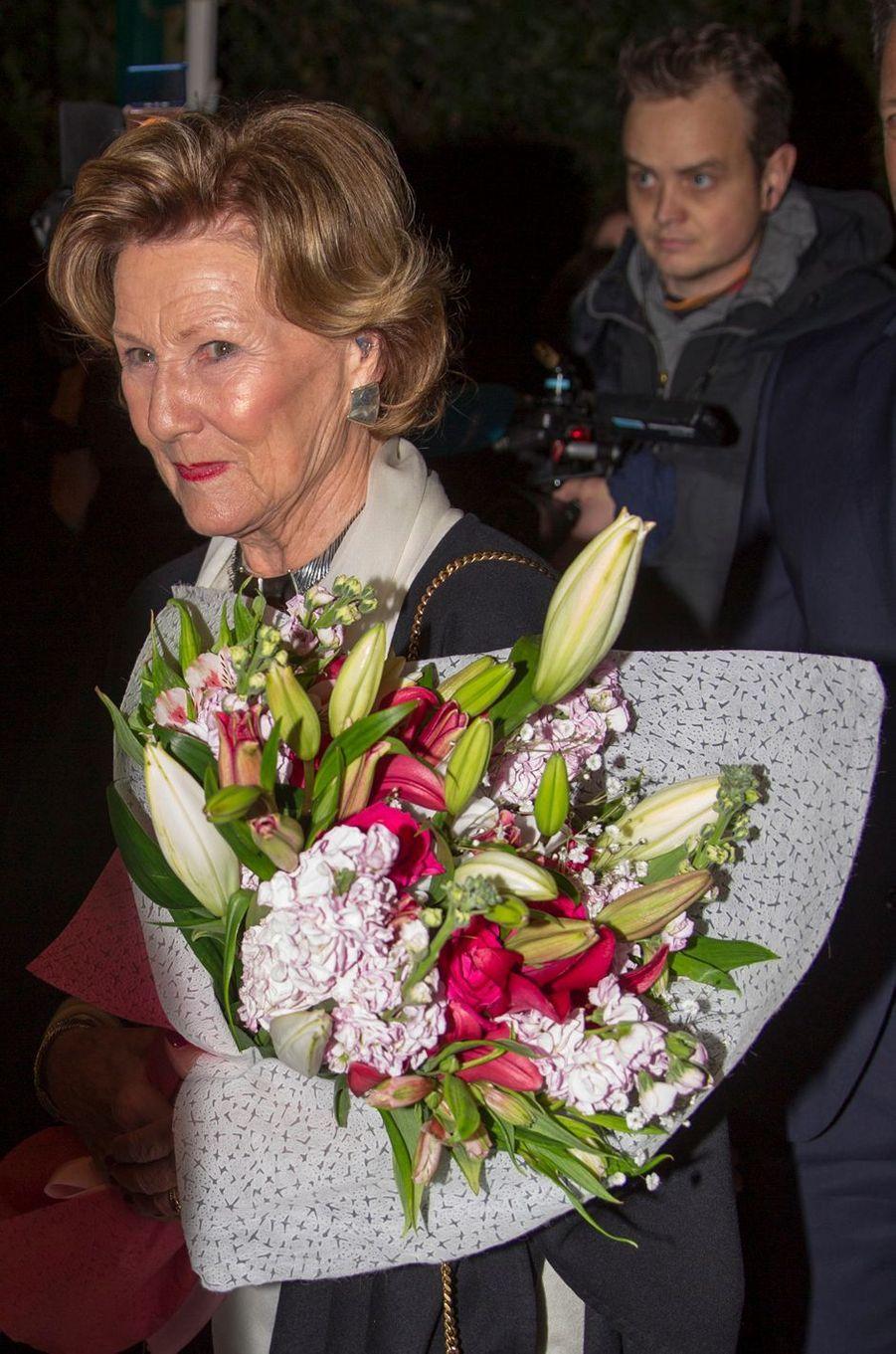 La reine Sonja de Norvège à son arrivée en Jordanie, le 1er mars 2020