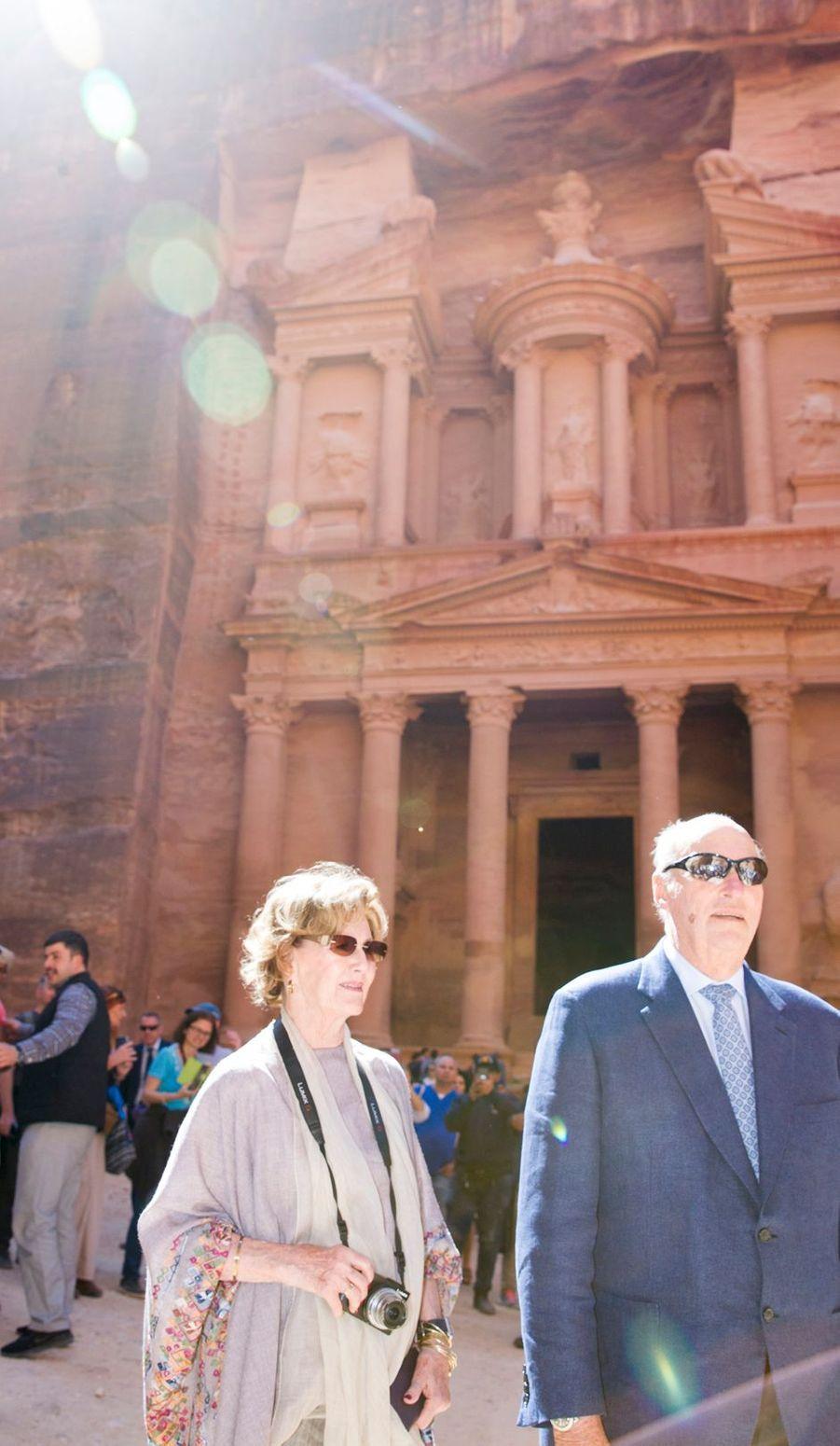La reine Sonja et le roi Harald V de Norvège à Petra, le 4 mars 2020