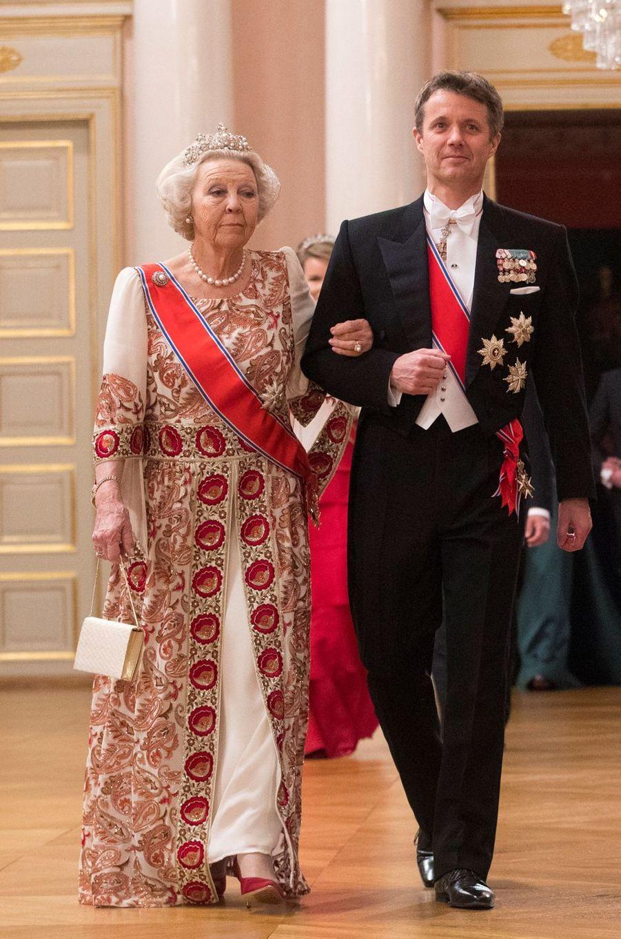 L'ex-reine Beatrix des Pays-Bas et le prince héritier Frederik de Danemark à Oslo, le 9 mai 2017