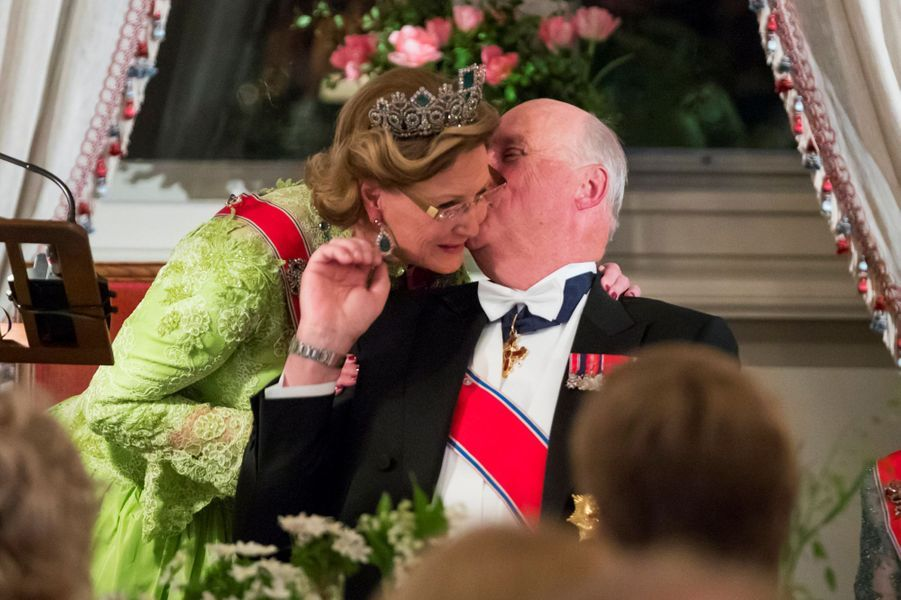 La reine Sonja et le roi Harald V de Norvège à Oslo, le 9 mai 2017