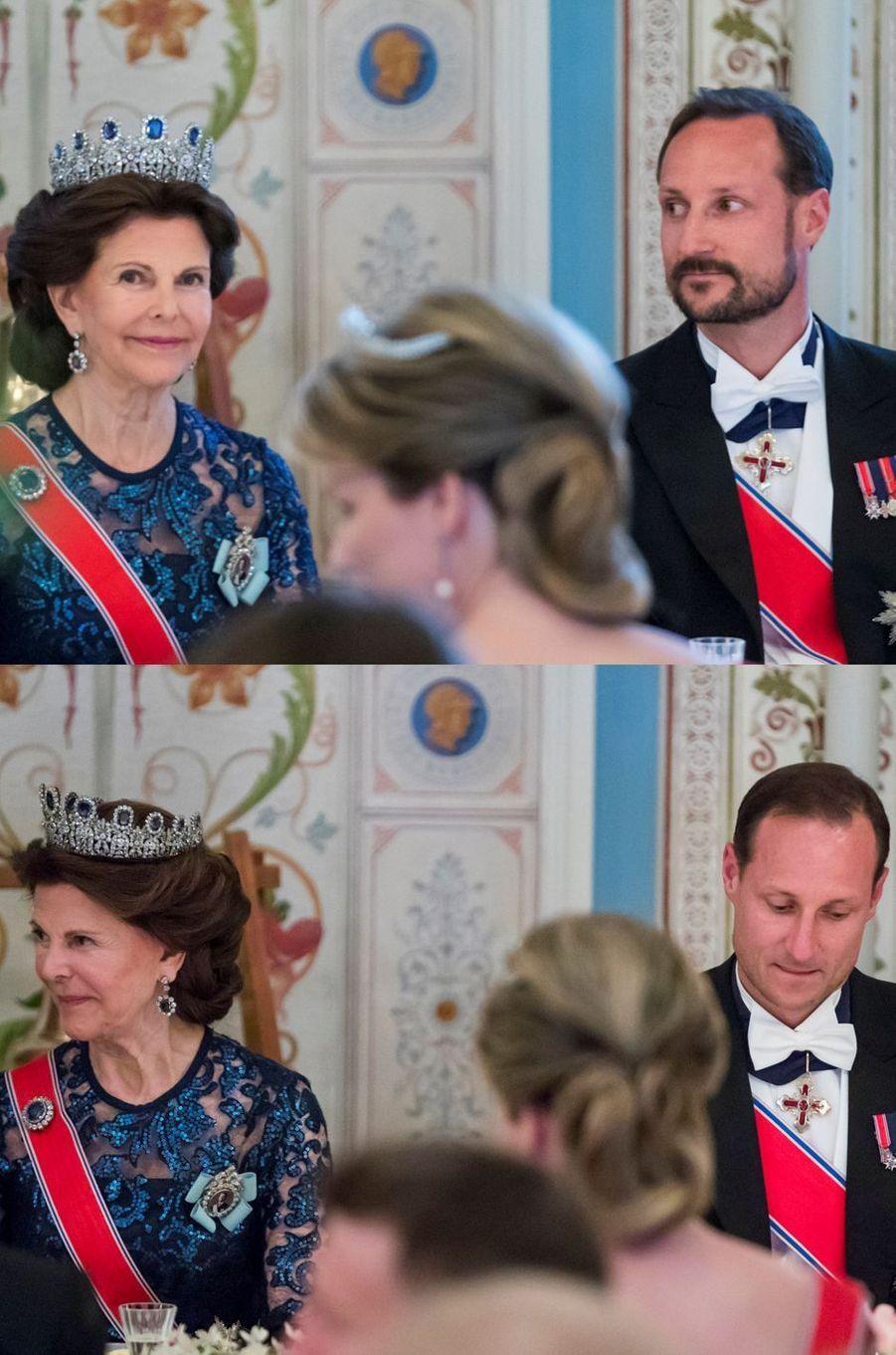 Le prince Haakon de Norvège avec et sans barbe à Oslo, le 9 mai 2017