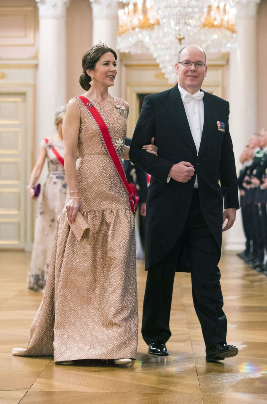 La princesse Mary de Danemark avec le prince Albert II de Monaco à Oslo, le 9 mai 2017