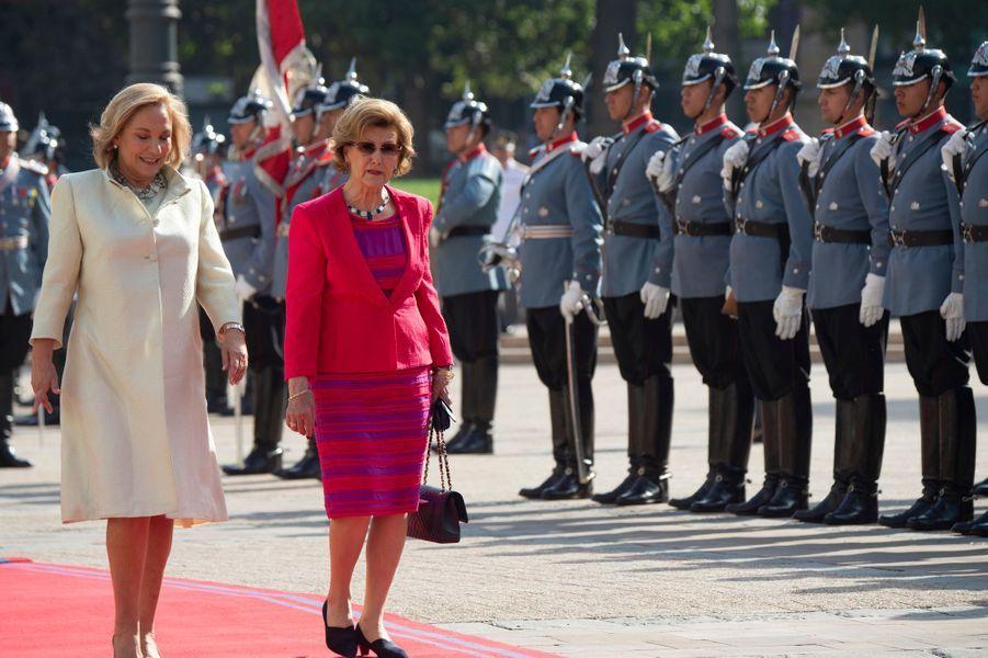 La reine Sonja de Norvège et la First Lady chilienne à Santiago, le 27 mars 2019