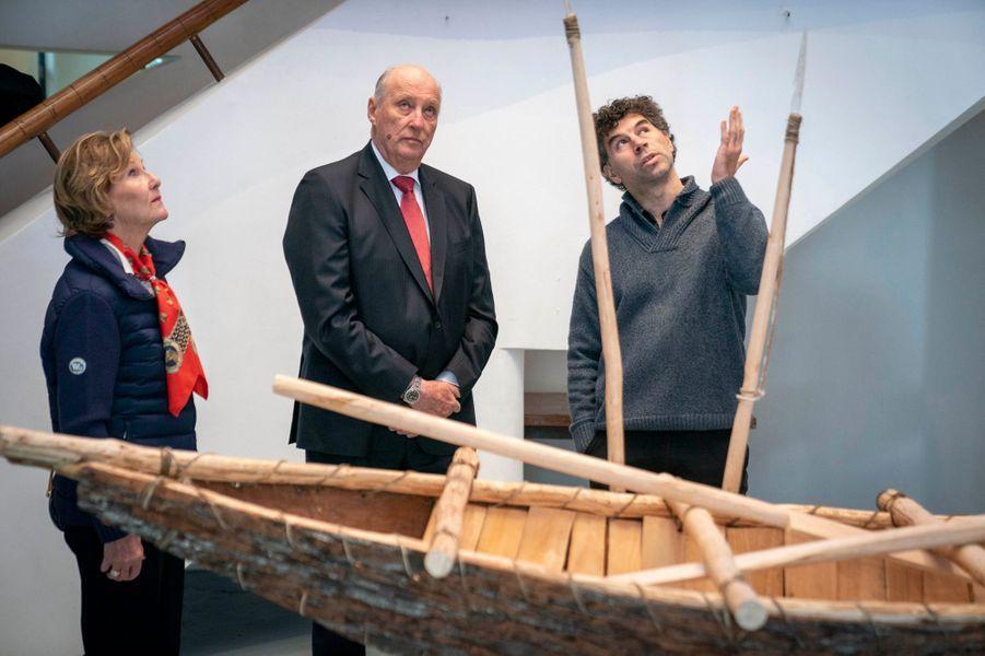 La reine Sonja et le roi Harald V de Norvège à Puerto Williams, le 31 mars 2019