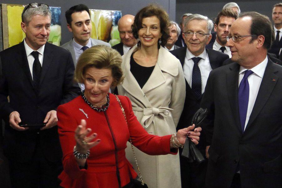 La reine Sonja de Norvège avec François Hollande et Audrey Azoulay à Tours, le 10 mars 2017