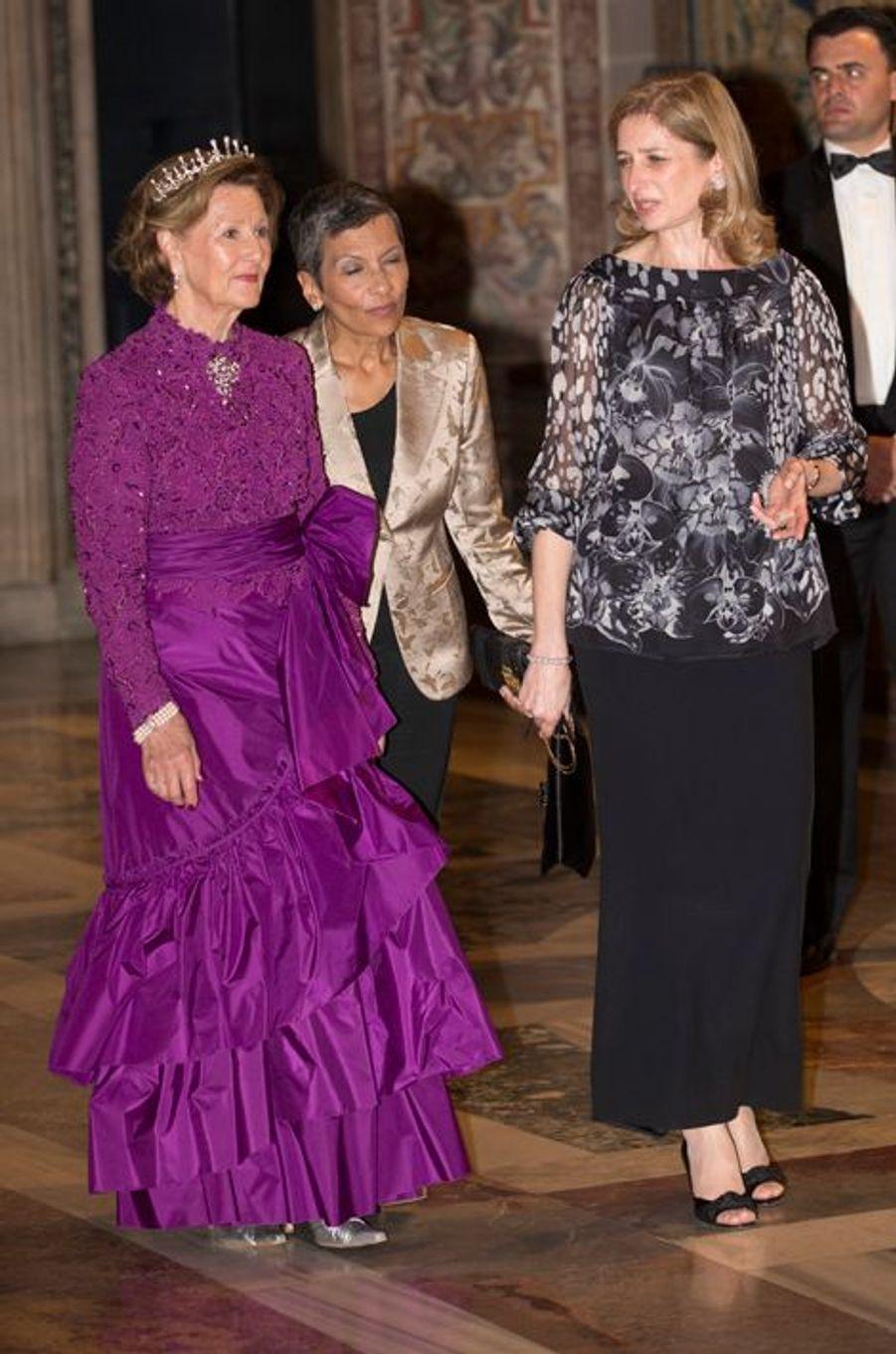 La reine Sonja de Norvège avec Laura Mattarella à Rome, le 6 avril 2016